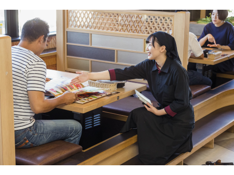 焼肉レストラン安楽亭 結城店 《ホールスタッフ》の画像・写真