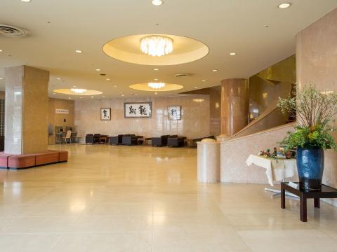 小諸グランドキャッスルホテル ≪ナイトフロントスタッフ≫の画像・写真