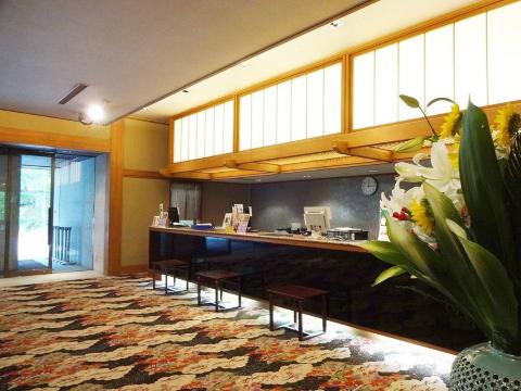 ホテル湯西川 ≪フロントスタッフ≫の画像・写真