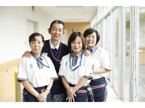 ダスキンヘルスケア 聖母病院《病院内清掃スタッフ》の画像・写真