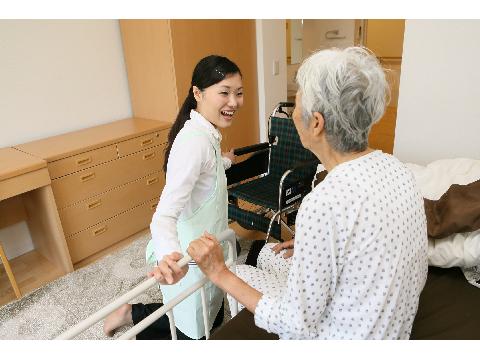 アースサポート 小田原 ≪訪問介護スタッフ≫の求人画像
