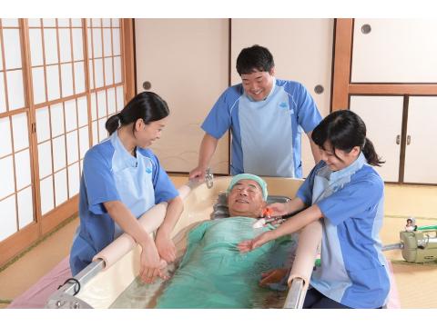 株式会社ケアサービス 訪問入浴 横浜南 ≪訪問入浴の看護師≫の画像・写真