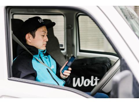 Wolt (ウォルト) フードデリバリースタッフ シニア歓迎【東京/荏原中延駅周辺エリア】の画像・写真