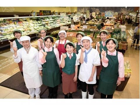 フードスクエアカスミ鉾田店 ≪ベーカリーパートスタッフ≫の画像・写真