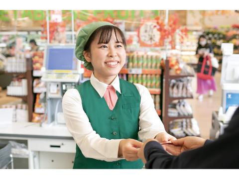 フードスクエアカスミ鉾田店 ≪レジアルバイト≫の画像・写真